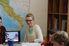 montessori-school-kids-teaching-italy-students