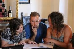 students-preparing-questions